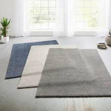 Akustisk tæppe
