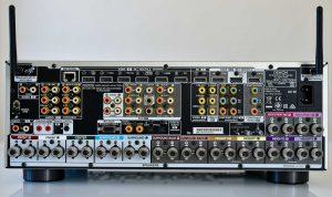 Denon X6700 ind- og udgange