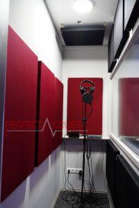 akustisk styring af optagerummet