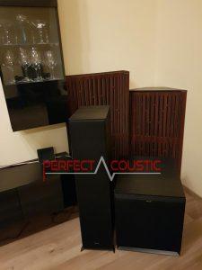 diffusor akustiske paneler i hjørnet ved siden af basfælden