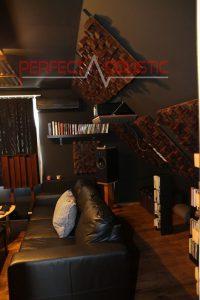 hjemmebiografs akustikdesign med akustiske absorbere (2)