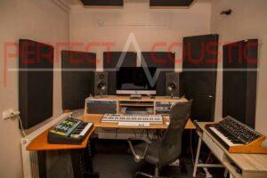 rum akustisk design med diffusor frontpanel akustiske paneler (2)
