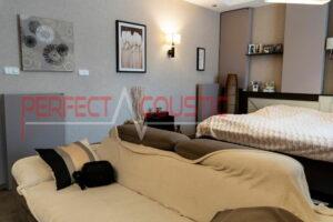 stue med akustiske absorbere (2)