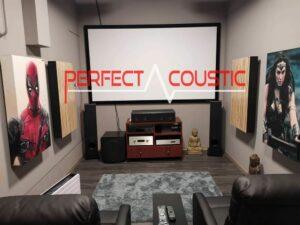 trykt akustisk panel på sofaen (3)