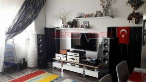 use-of-akustiske-diffusorer-bag-højtalere-300x169